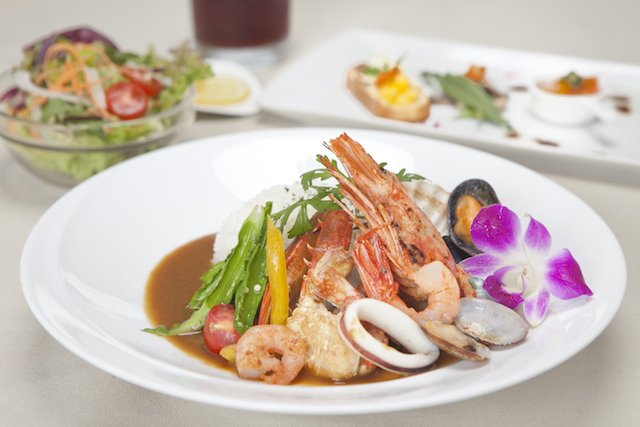 「Regalia Okinawa PRIVATE RESORT DINING」